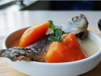 鲫鱼炖木瓜