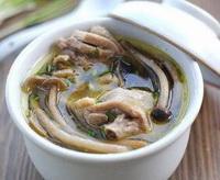 茶树菇土鸡汤