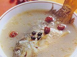 黑豆鲤鱼汤