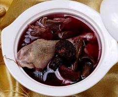 红菇乌鱼汤