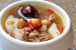 莲子红枣乌鸡汤