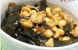 黄豆芽炖海带