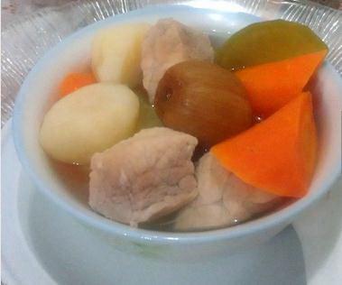 青红萝卜瘦肉汤