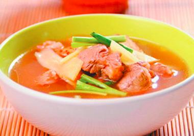 猪蹄茭白汤